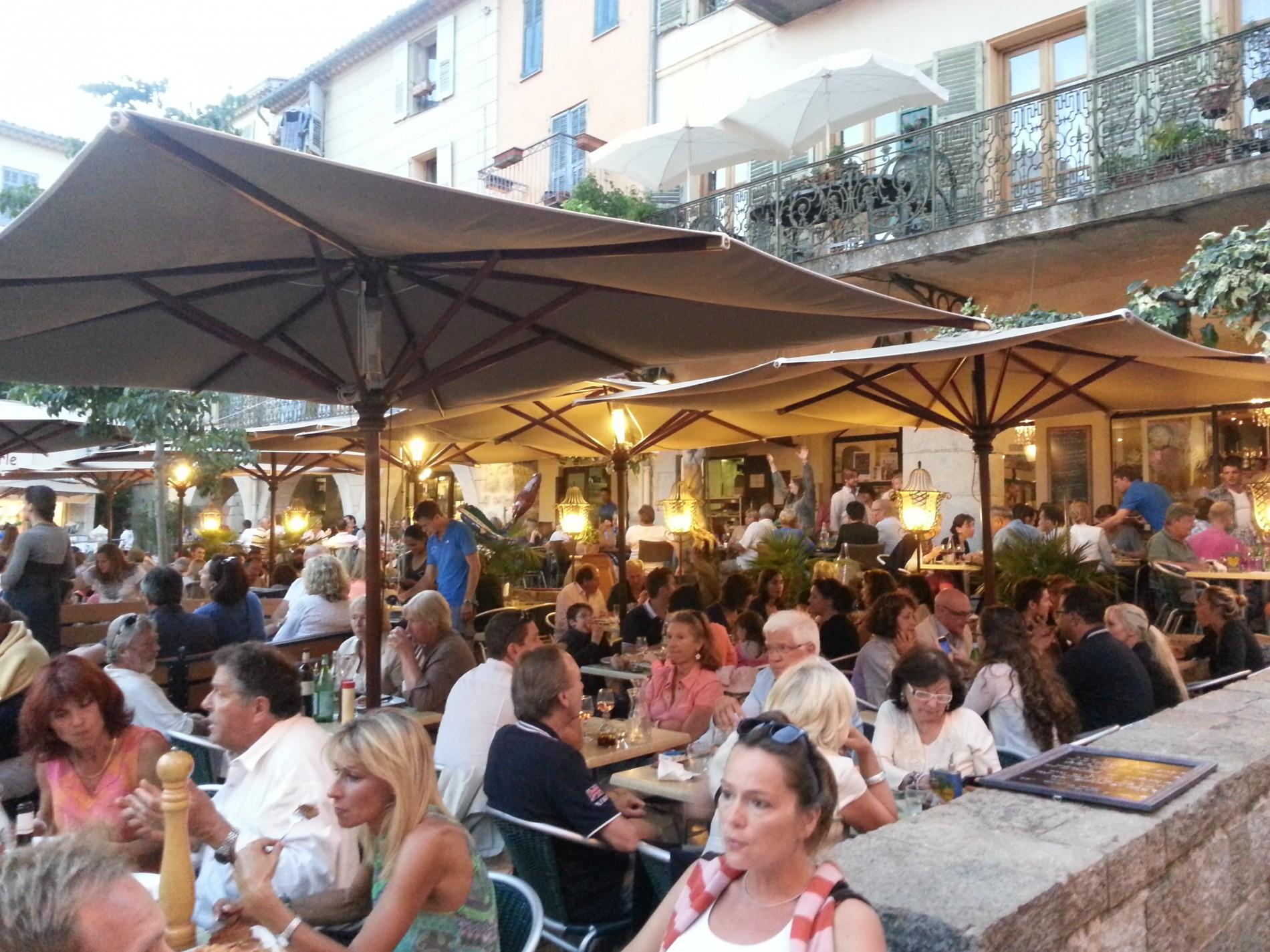 Café des Arcades Valbonne Cote d'Azur