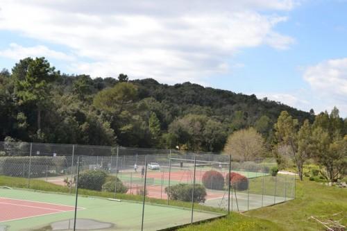 Domaine Val d'Azur Valbonne Tennis Courts