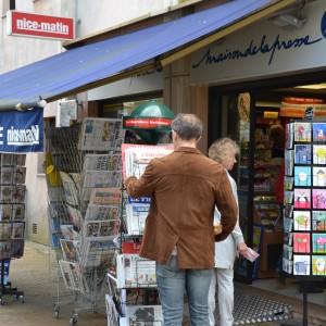 Newspaper kiosk Valbonne