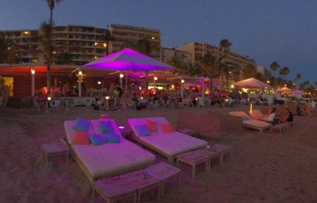 Restaurant Maema Beach Club, Cannes op het Strand Cannes