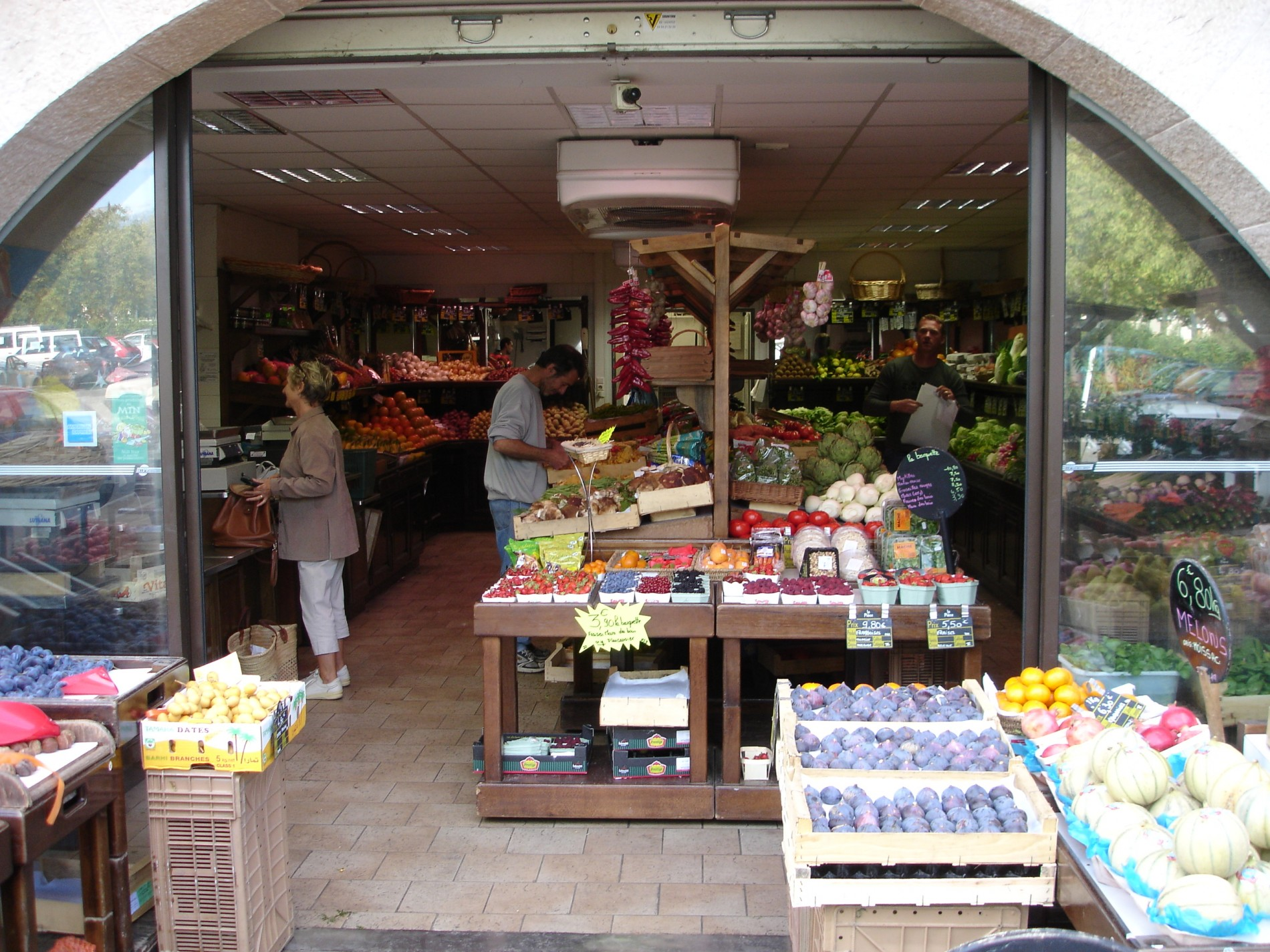 Vegetable store Valbonne Village Cote d'Azur