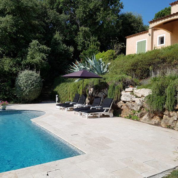 6 persoons Vakantiehuis Valbonne Zuid Frankrijk met prive zwembad