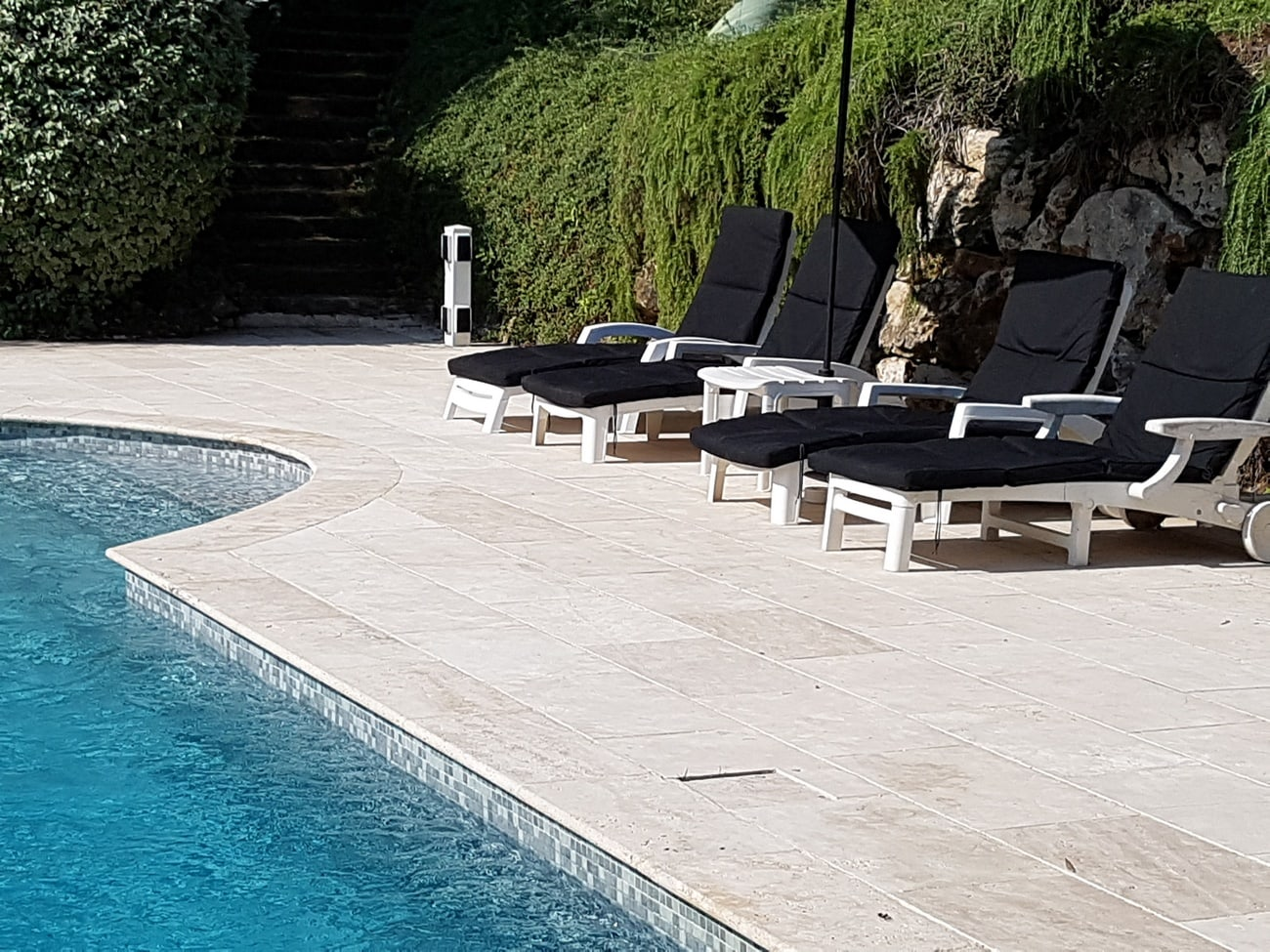 Holiday rental Valbonne South of France with private swimming pool