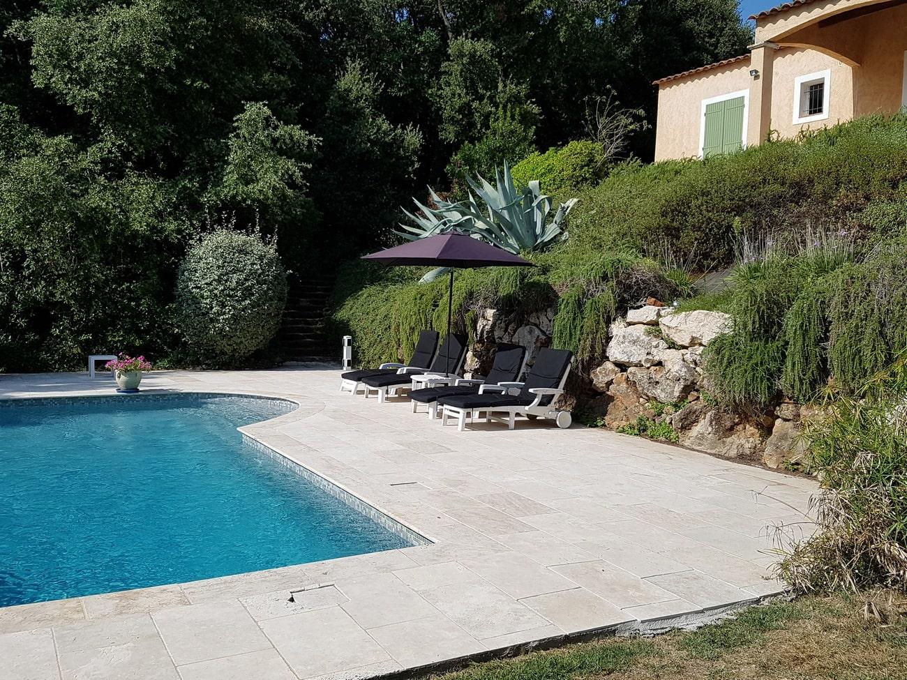 Villa rental Villa Valbonne private pool zCote d'Azur