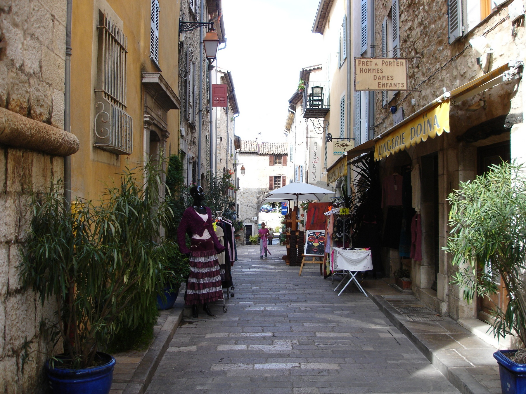 Shops Valbonne Provence Alps French Riviera