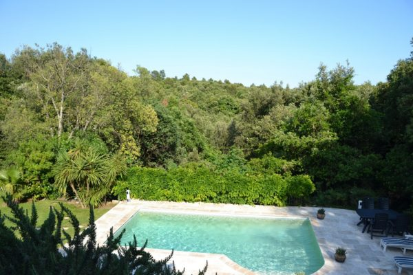 Rent Villa Valbonne 3 bedrooms private pool at Domaine Val d'Azur