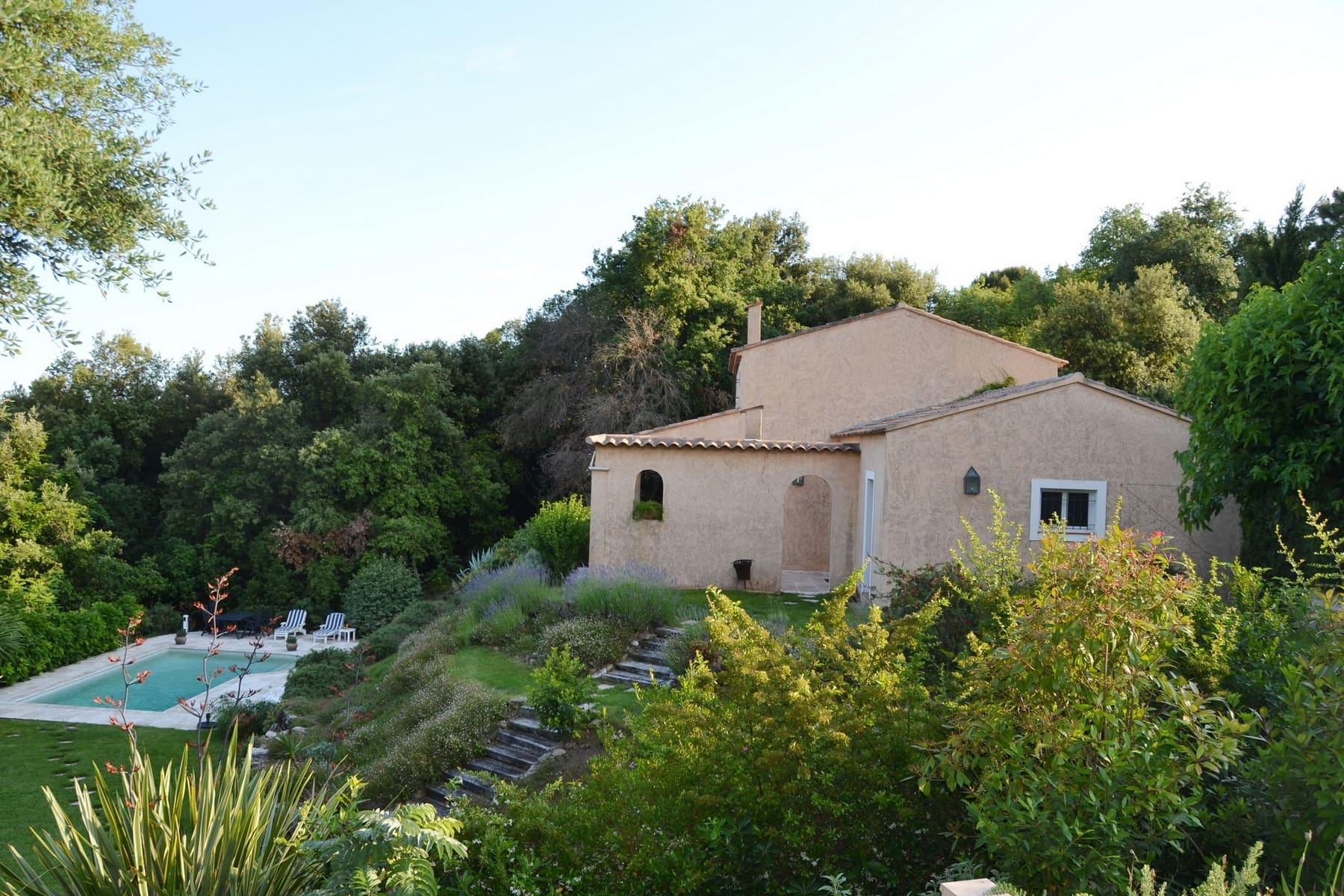 Vakantiehuis Zuid Frankrijk - Villa Valbonne met prive zwembad