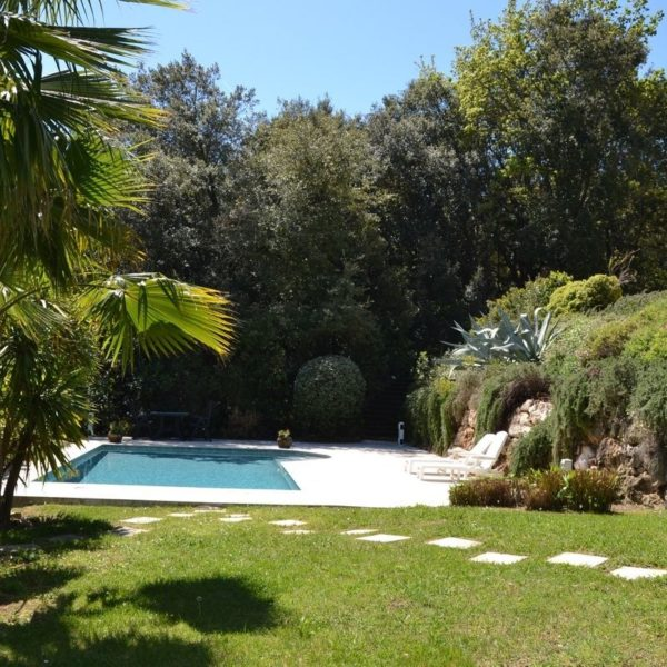 Holiday home with pool South of France - Villa Valbonne