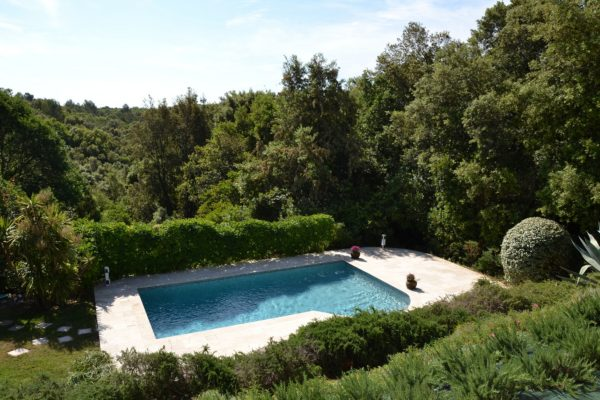 Rent Villa Valbonne private pool Cote d'Azur France