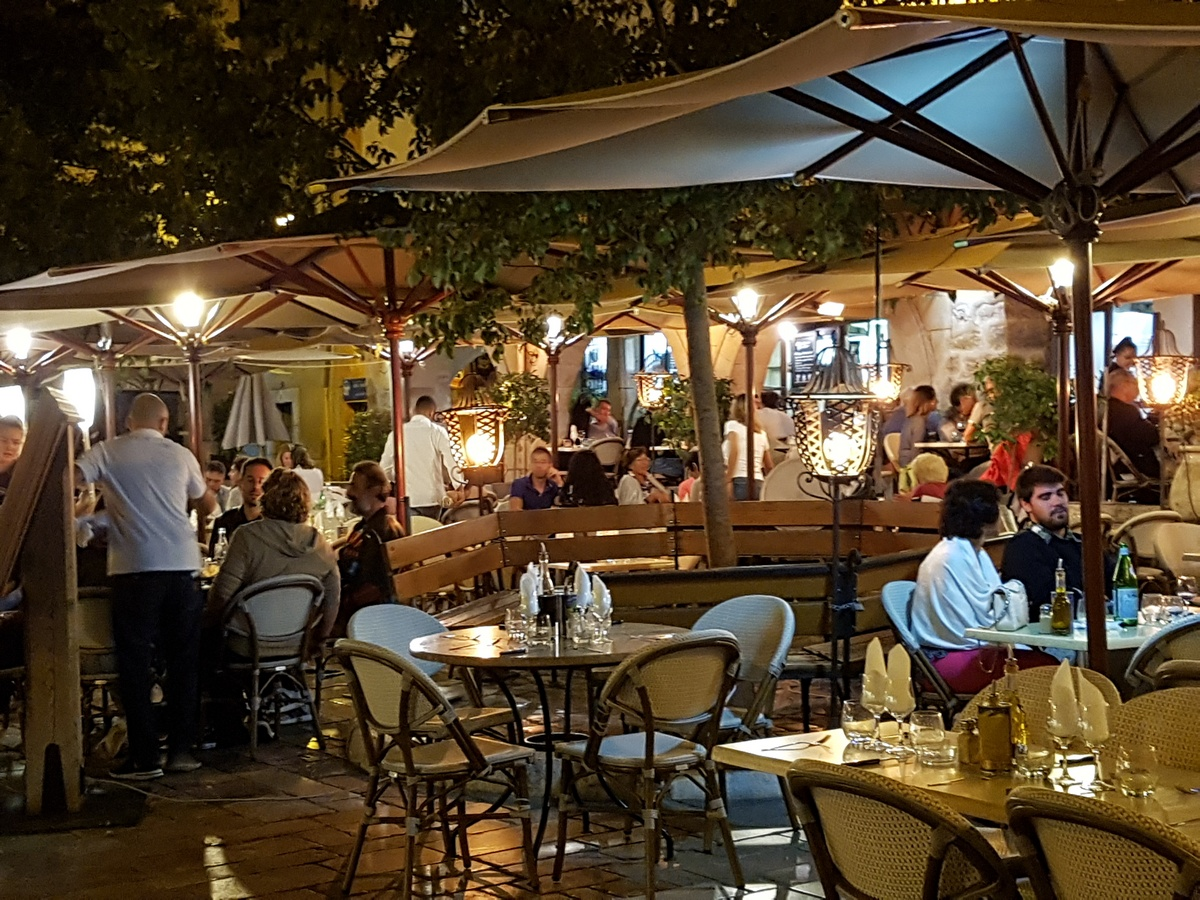 Restaurant Valbonne - Cafe des Arcades Valbonne Village