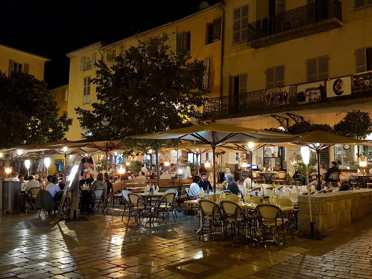 Valbonne Village - Tussen Grasse en Cannes Cote d'Azur