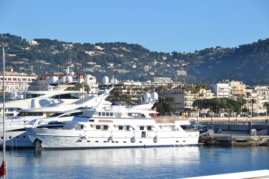 Cannes harbor - Super yachts