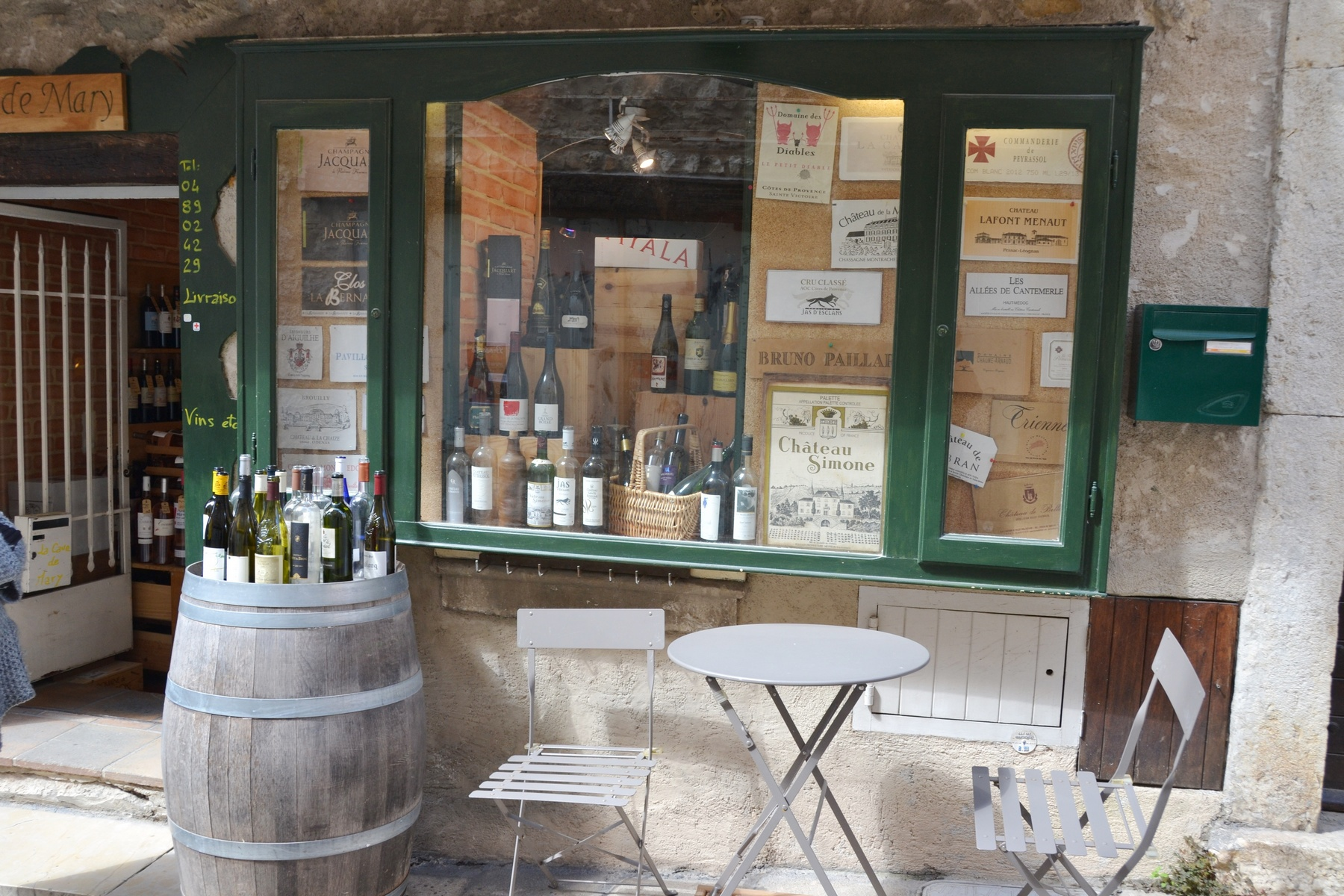 Wine shop Valbonne Village South of France