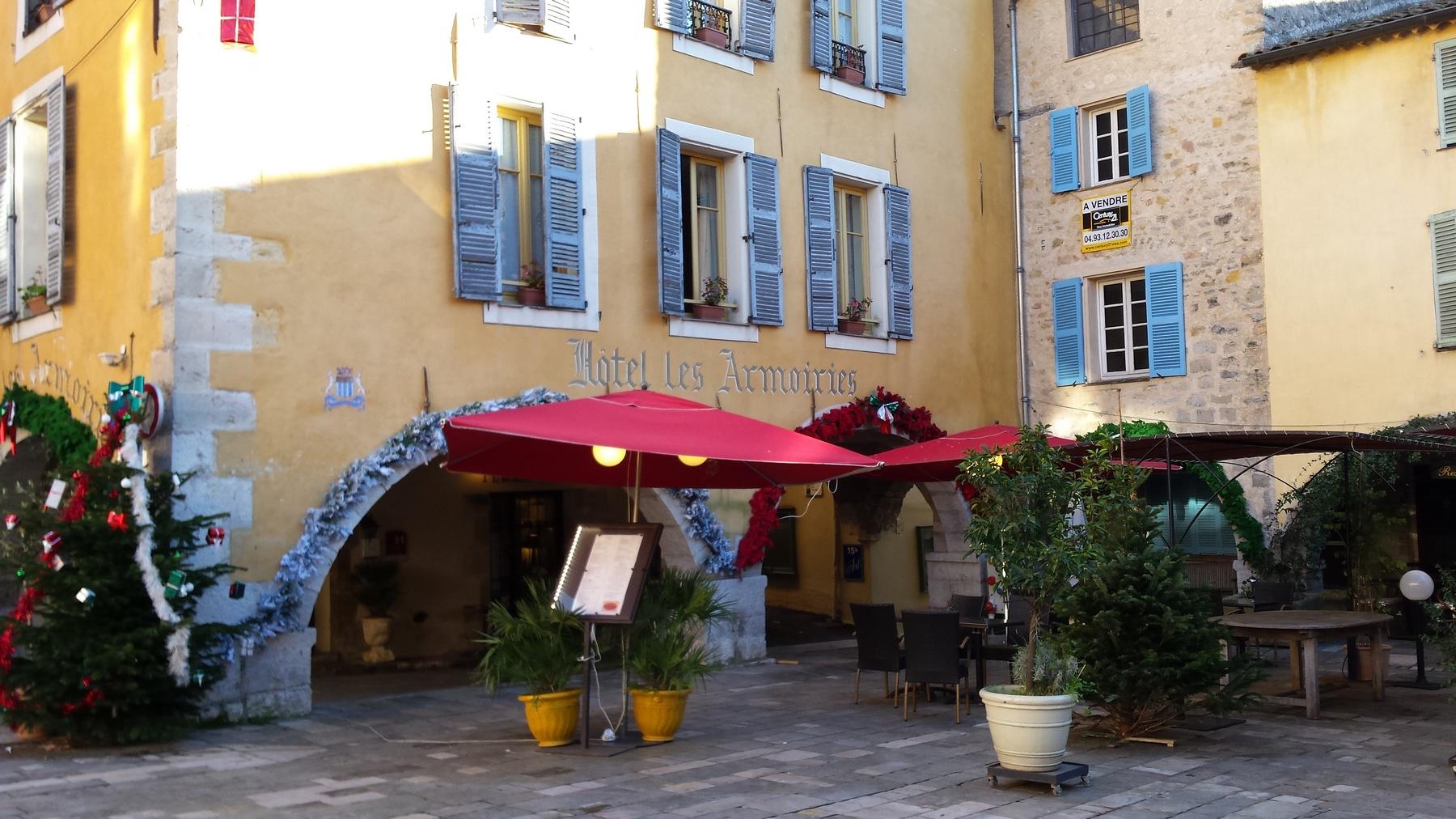 Hotel Valbonne - Hotel les Armoiries