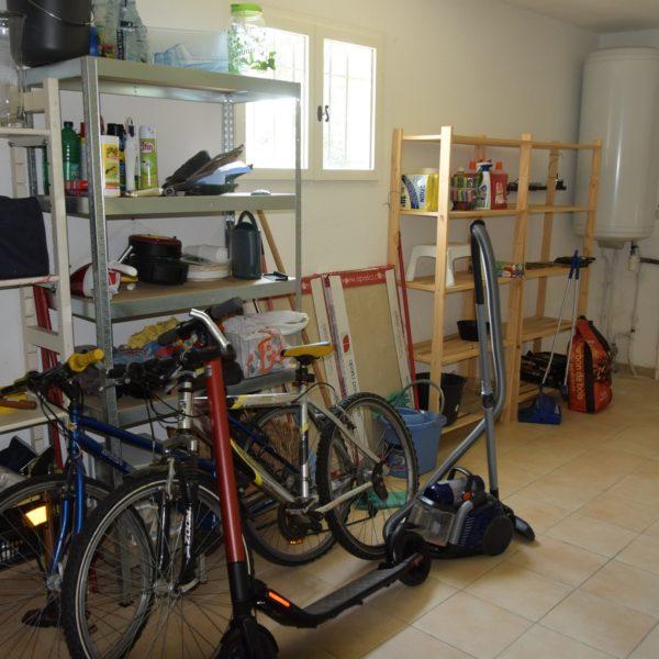 Villa Valbonne Garage