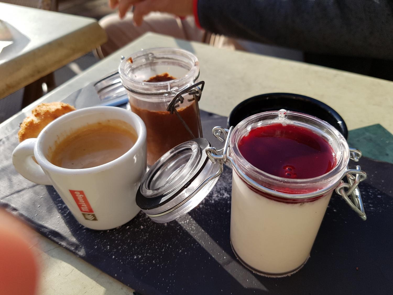 Cafe des Arcades Valbonn Cafe Gourmande