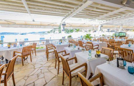 Mala Plage Cap d'Ail - Beach club & restaurant La Reserve de la Mala
